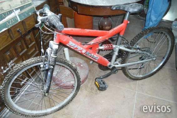 Bicicletas - rojo y verde