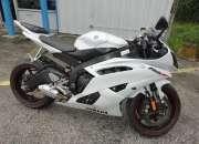 Yamaha 2010 yzf-r6 spot bike disponible