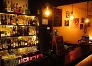 Traspaso café – bar 58m² sin s/h en zona tribunal