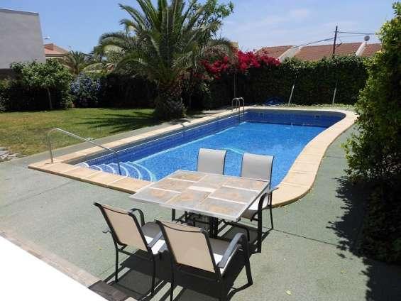 Fotos de Chalet independiente con piscina y jardín privados 3