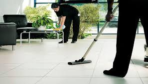 Se solicita personal para realizar las labores de limpieza de oficinas