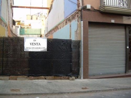 Solar urbano en el centro de mataro ( barcelona )