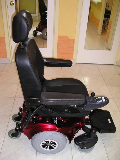 Vendo silla de ruedas motorizada