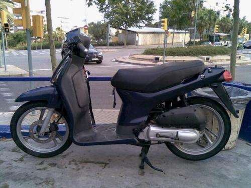 Vendo honda scoopy impecable