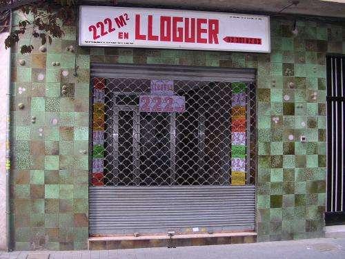 Local comercial en avenida peatonal de sant adria