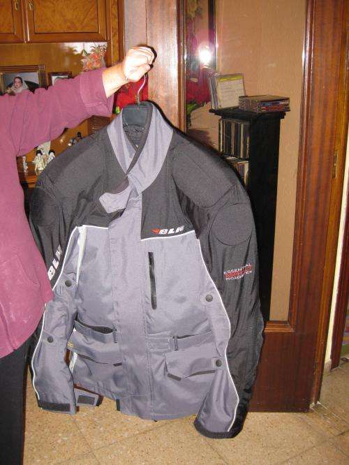 Vendo chaqueta moto de cordura