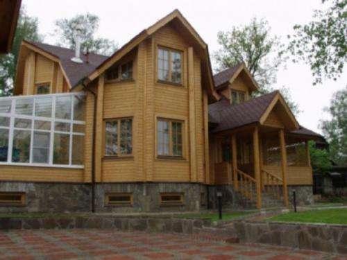Casas de madera,pergolas,terrazas de madera,parquets