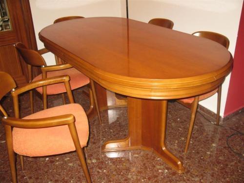 Mesa comedro y 6 silloncitos cerezo