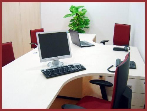 Vendo mesas oficina segunda mano + buck de cajones (muebles ...