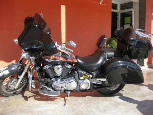 Fotos de Baul maletas y frontal para moto custom 2