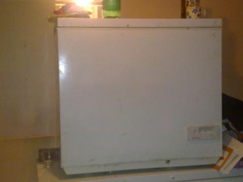 Vendo 2 congeladores..............me urge
