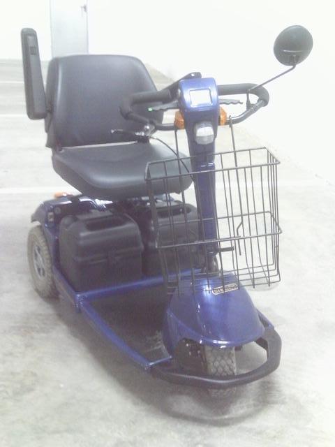 Fotos de Moto sccoter para personas con movilidad reducida 2