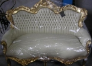 Sofa en Estilo Luis XVI