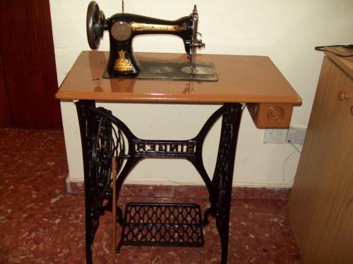 Vendo maquina singer antigua del año 1900