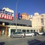 se alquila local junto Carrefour Express. Playa de Gandia