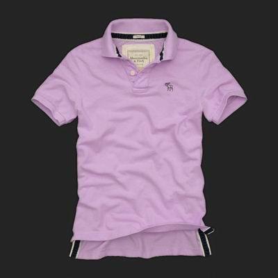 T-shirt, camisa, sudadera con capucha, jeans, ropa interior