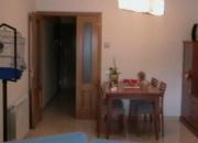 Vendo piso en magnifica zona y comunicacion con todos los servicios