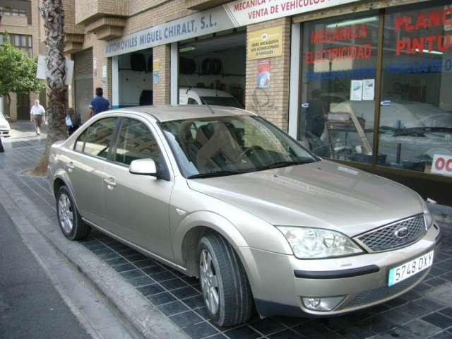 Se vende ford mondeo en buen estado