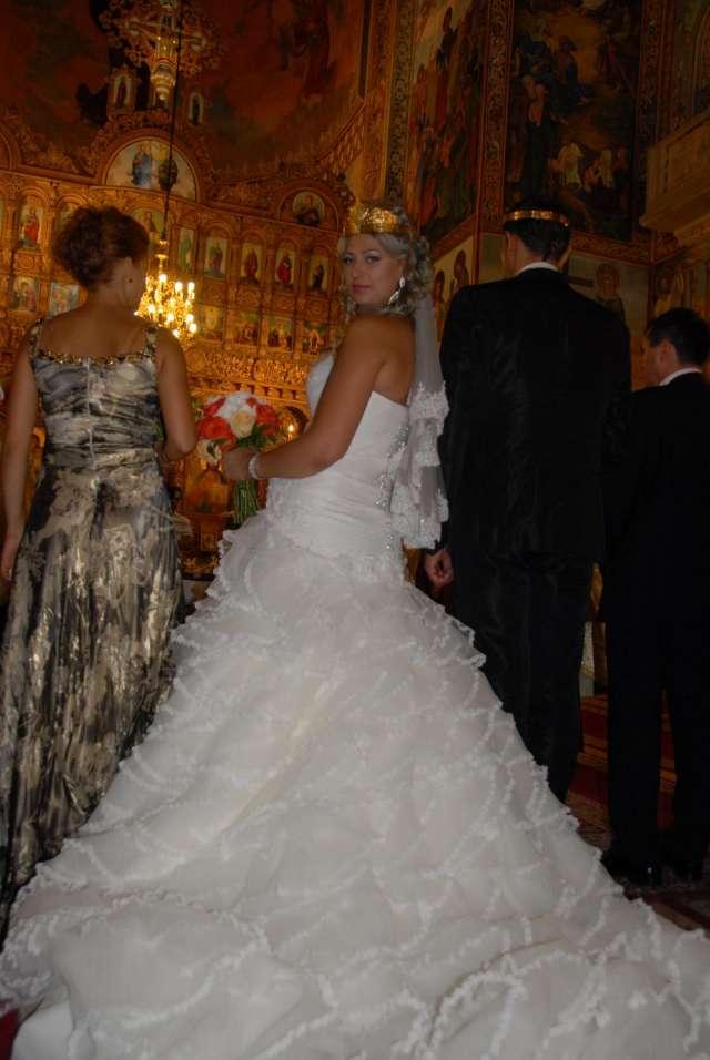 Se vende vestido novia la sposa modelo sortija 2012 usado una ves este año.