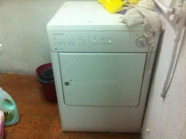 Vendo nevera+lavadora en estado perfecto