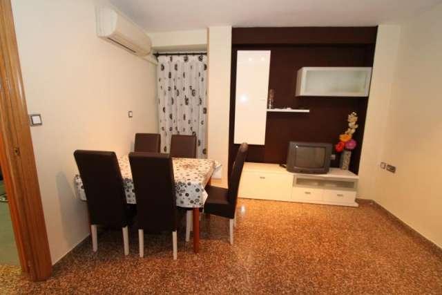 Fotos de Preciosa vivienda y plaza garaje, en avdª constitución, valencia (españa) 8