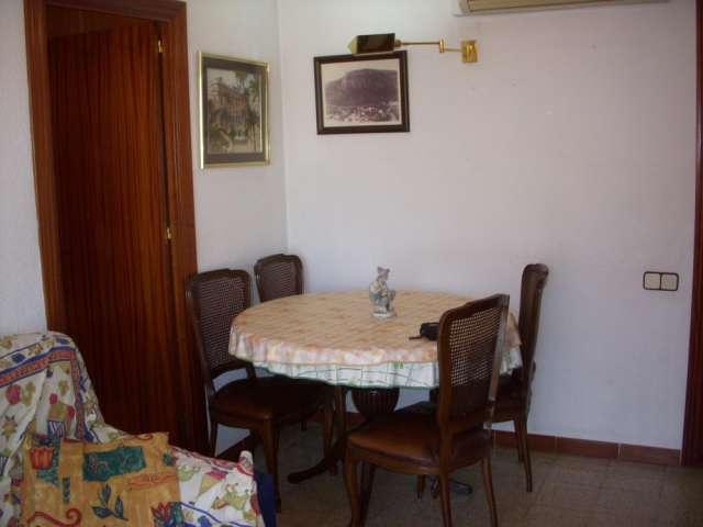 Habitacion individual amoblada 250? barcelona.es