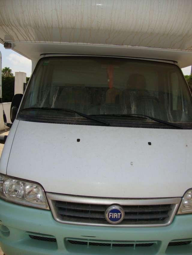 Vendo auto caravana urge vender particular