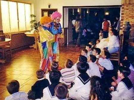 Fotos de Animadores infantiles magos y payasos para comuniones en valencia 4