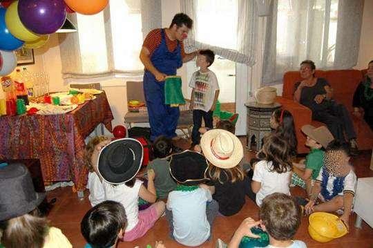 Fotos de Animadores infantiles magos y payasos para comuniones en valencia 3