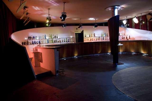 Salas, espacios, locales para fiestas-607712525