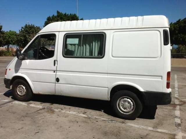 Vendo furgoneta tipo autocaravana en gran canaria: ford transit > longitud: 4,62 m