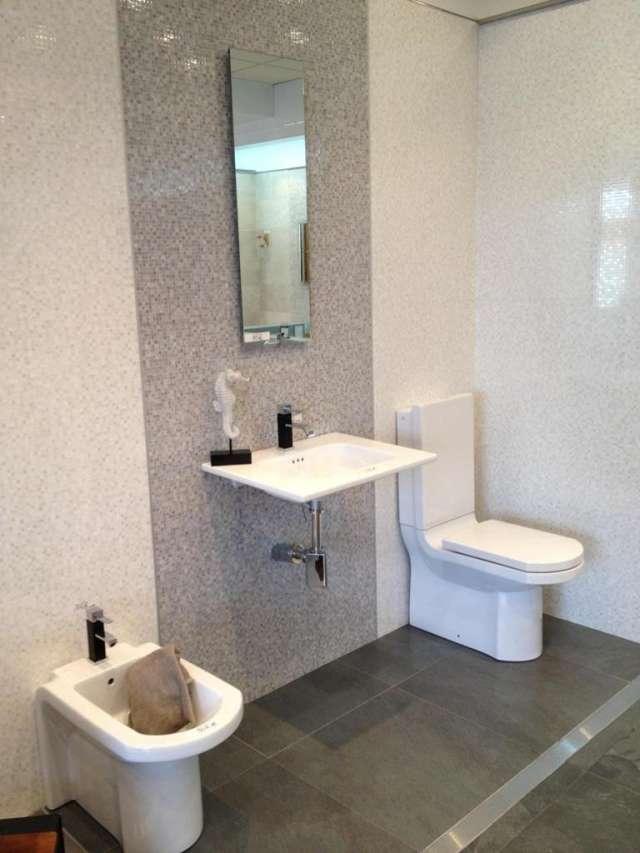Muebles Bano Porcelanosa.Lote Mobiliario De Bano Porcelanosa En Lucena Muebles