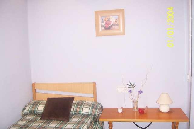 Fotos de Particular alquilo piso centrico amueblado y reformado yrebajado 4