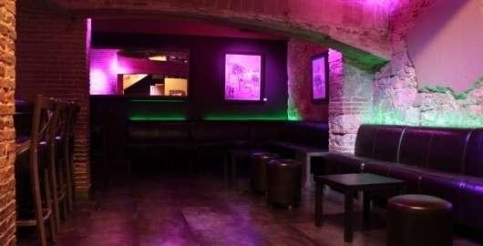 Locales fiestas barcelona por 150?. barcelona fiestas privadas