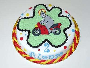 Fotos de Tartas personalizadas cupcakes galletas o talleres para hacerlas tu mismo! 3