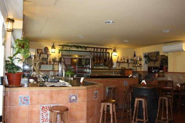 Fotos de Se traspasa mesón-restaurante zona virrey amat 1