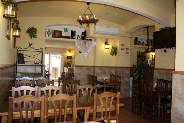 Fotos de Se traspasa mesón-restaurante zona virrey amat 3