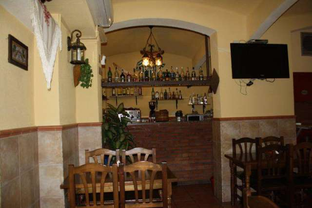 Fotos de Se traspasa mesón-restaurante zona virrey amat 2