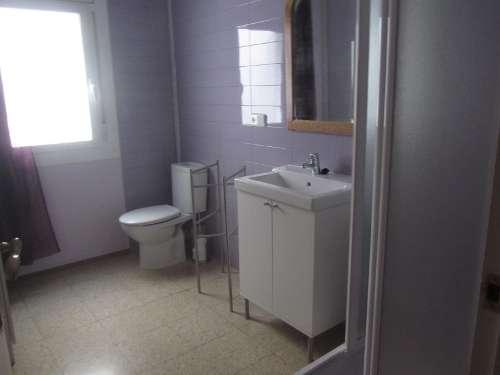 Fotos de Alquilo tranquila habitación individual con baño a chica 3