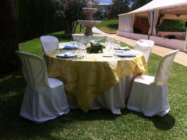 Fotos de Manteleria para fiestas, bodas y eventos 3