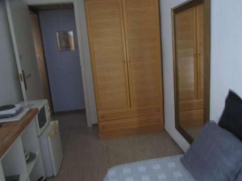 Fotos de Alquiler habitación indivial con estupendo baño privado - zona sagrada familia 5