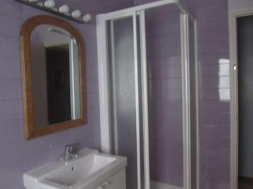 Fotos de Alquiler habitación indivial con estupendo baño privado - zona sagrada familia 2