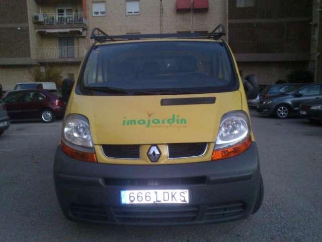 Renault trafic 1,9 dci caja cerrada de 3plasaz