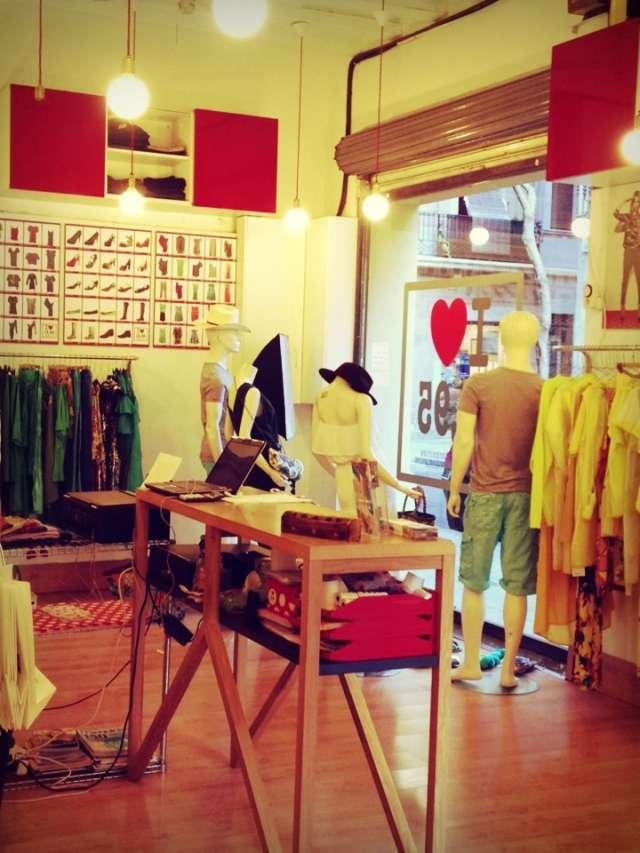 Fotos de Ámbar i love 19,95, franquicia de ropa y complementos 1