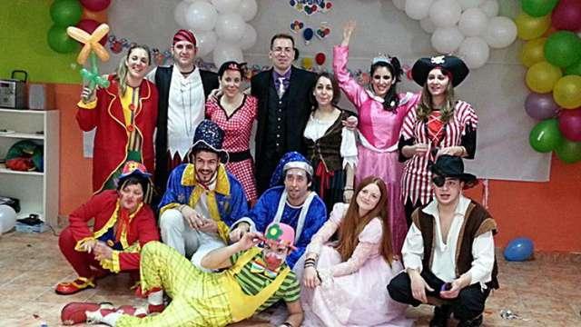 Magos y payasos para celebraciones infantiles en valencia.