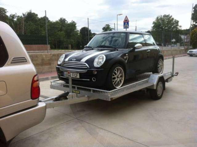 Remolque porta coches ligero en aluminio. thalman