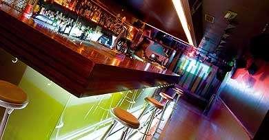 Locales fiestas privadas barcelona llamanos al 644515365