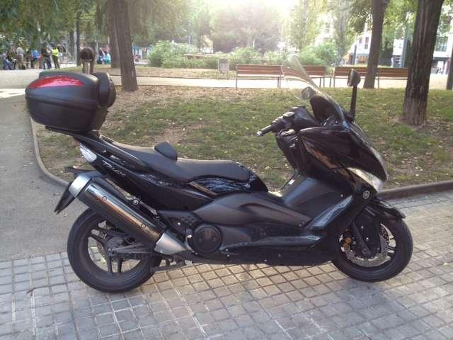 Moto t-max 500 con abs en perfecto estado