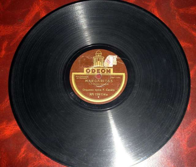 Orquesta f. canaro- disco de pizarra