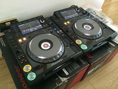 Pioneer cdj 2000 nexus por sólo 800 euros / pioneer djm 2000 nexus por sólo 900 euros